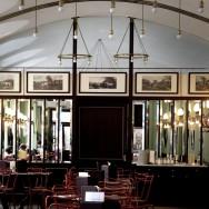Wiener Kaffeehaus - Viennese Coffeehouse